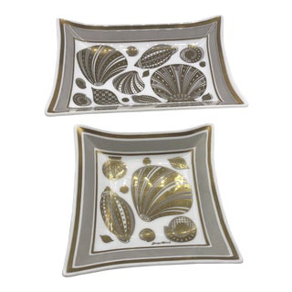 Georges Briard Shell Motif Glass Dishes - a Pair For Sale