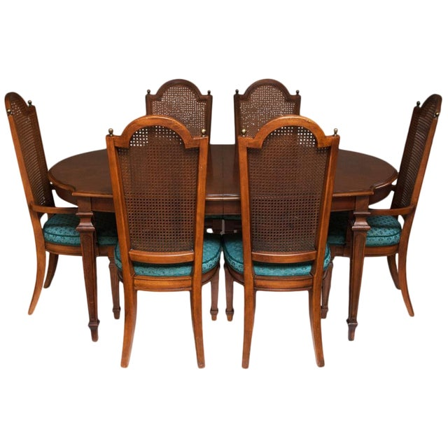 C. 1960s Vintage Hepplewhite Dining Table & Chairs- 7 Pieces For Sale