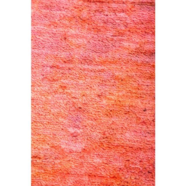 "Contemporary Rebecca, Coral Vibrance Area Rug - 3' 2"" X 5' 2"" For Sale - Image 3 of 4"