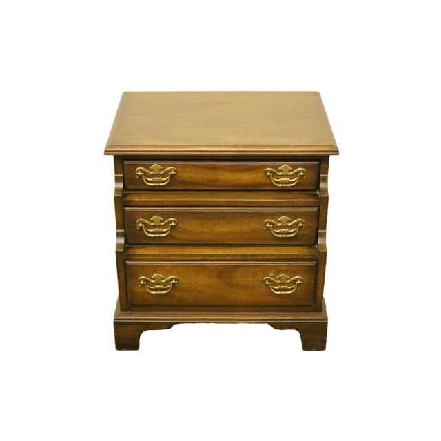 20th Century Traditional National Mount Airy Solid Mahogany Tiered 3 Drawer Accent Table For Sale - Image 13 of 13