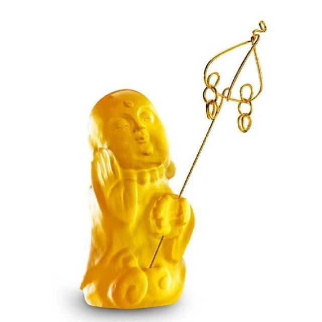 """Contemporary Crystal Buddha, """"Joyous and Worry-Free, I Am Not Afraid"""" in Amber For Sale - Image 3 of 4"""