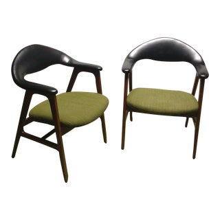 Vintage Mid Century Modern Hans Wegner Style Round Chairs S. J. Campbell Co. - Pair For Sale