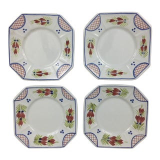 Late 20th Century Vintage Quimper Plates - Set of 4 For Sale