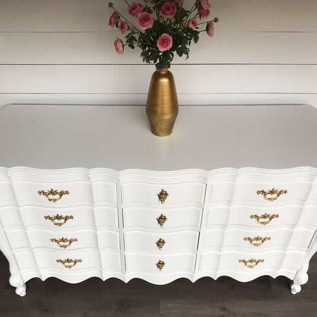 1970s French Provincial Dresser For Sale - Image 4 of 10