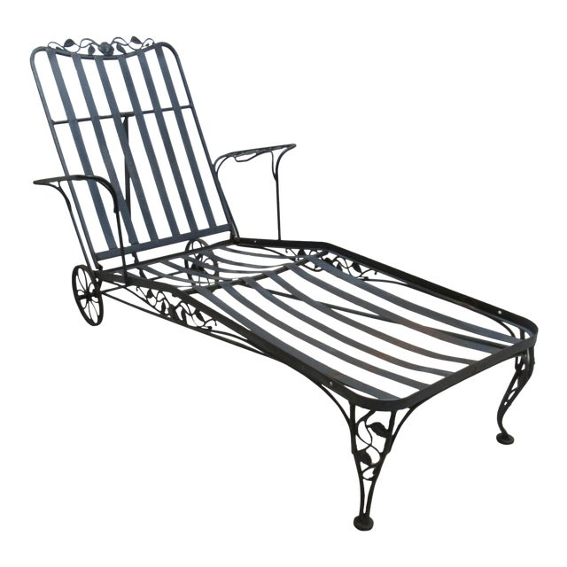 vintage woodard wrought iron outdoor patio chaise lounge chair chairish. Black Bedroom Furniture Sets. Home Design Ideas