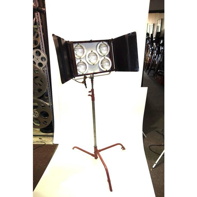 Industrial Circa Mid-Century Hollywood Studio Molefay 5-Light Lamp on Stand As Sculpture For Sale - Image 3 of 7