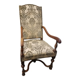 18th Century Walnut Armchair For Sale