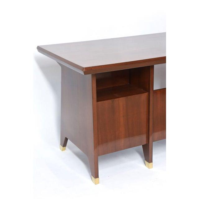 Italian Modern Walnut and Brass Executive Desk, Gio Ponti For Sale - Image 9 of 9