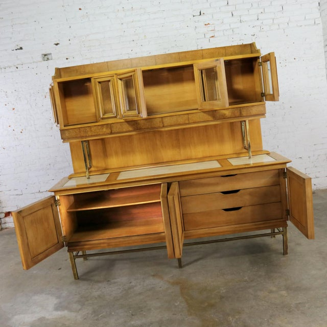 Mid Century Modern Credenza With Hutch Attributed to J. L. Metz Contempora Line For Sale - Image 4 of 13