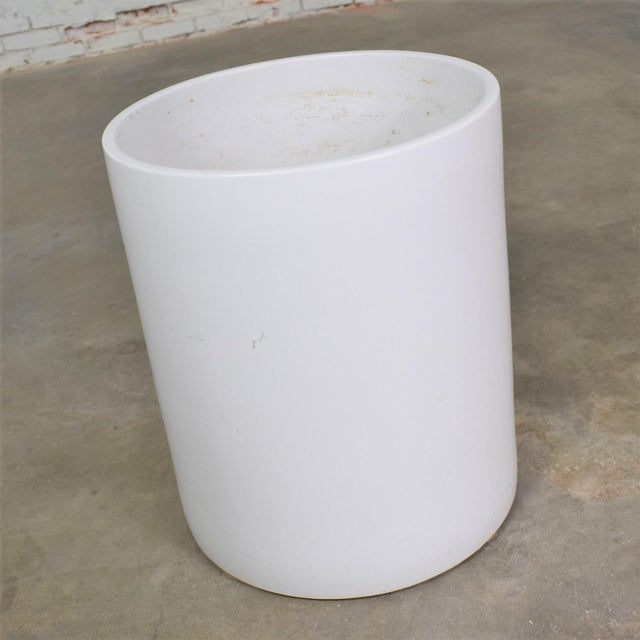 Mid 20th Century Vintage Mid Century Modern Architectural PotteryWhite Cylindrical Pot For Sale - Image 5 of 12