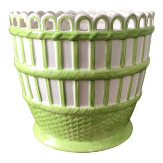 Mottahedeh Green White Italian Pottery Basketweave Cachepot For Sale