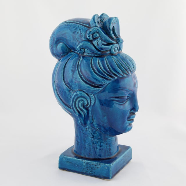 "Aldo Londi ""Rimini Blu"" ceramic Guan Yin bust by Aldo Londi for Bitossi, circa 1960s For Sale - Image 4 of 13"