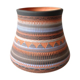 Vintage Southwestern Native American Navajo Pottery Incised Red Clay Vase Hand Painted in Black, Blue and Grey - Signed For Sale