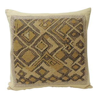 African Raffia Velvet Pillow With Jute Trim Decorative Pillow For Sale