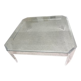 '90s Minimalistic Lucite Coffee Table For Sale