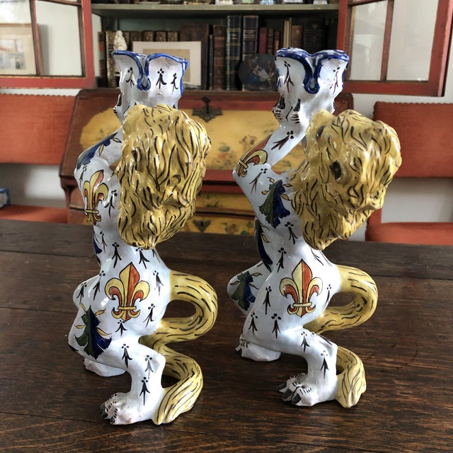 Victorian Mid 19th Century French Victorian Quimper Faience Ceramic Heraldic Lion Candlesticks - a Pair For Sale - Image 3 of 13