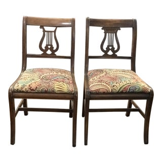1950s Vintage Duncan Phyfe Style Chairs - a Pair For Sale