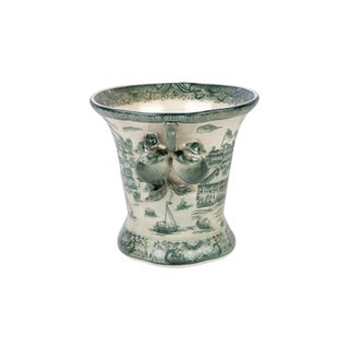Dark Green and White Landscape Porcelain Pot Preview