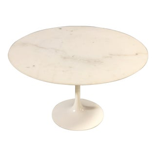 Euro Saarinan for Knoll Round Marble Tulip Dining Table For Sale