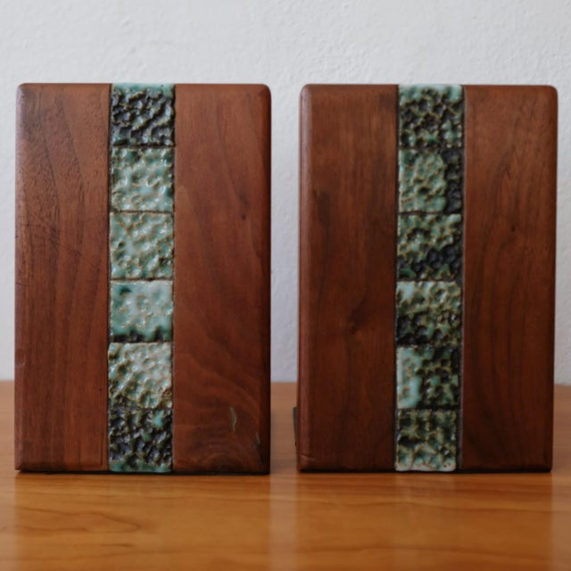 1950s Martz Bookends for Marshall Studios Walnut and Ceramic For Sale - Image 5 of 10