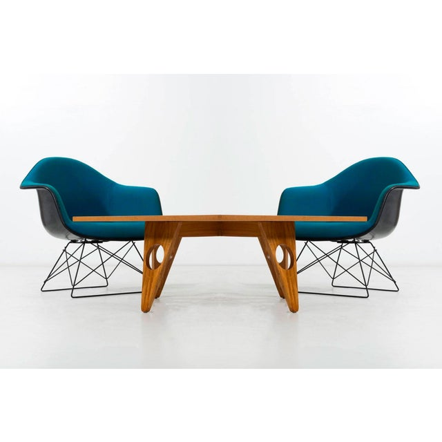 Set of Four Eames LAR Chairs For Sale In New York - Image 6 of 9