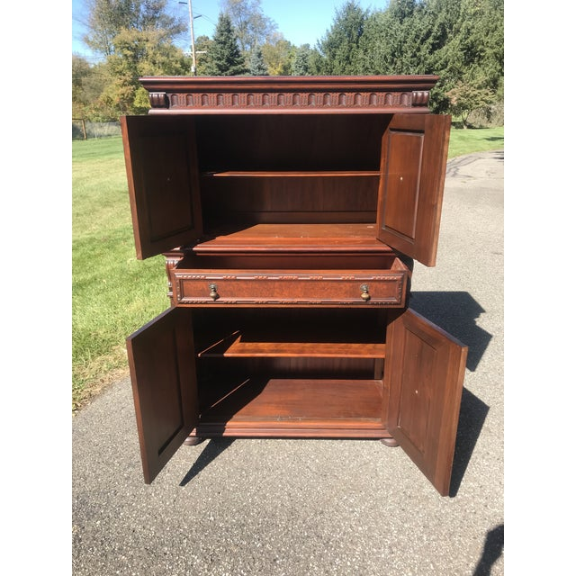 Art Nouveau Walnut Hutch by Berkey and Gay For Sale - Image 9 of 12