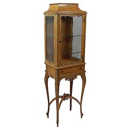 John M. Smythe Furniture Co. Petite Vintage Curio For Sale