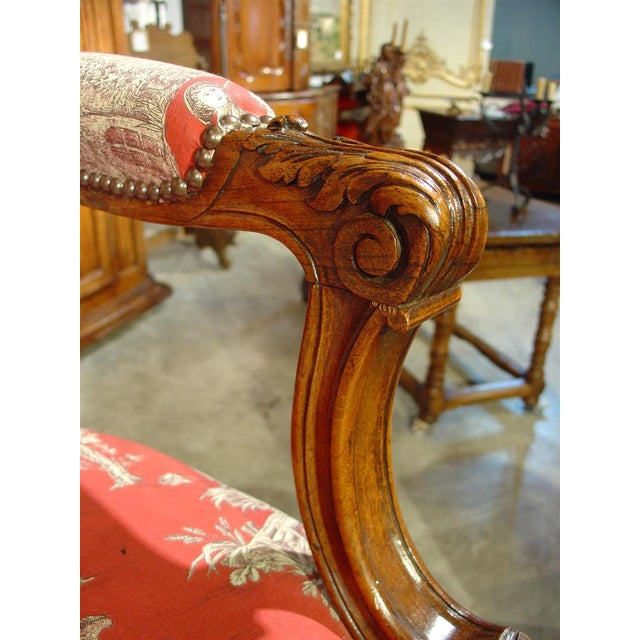 Pair of Louis XV Style Walnut Fauteuils with Toile de Jouy Upholstery For Sale In Dallas - Image 6 of 10