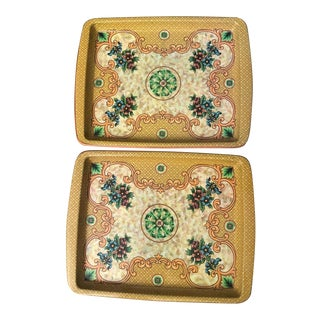 Vintage Floral Tin Trays by Daher Decorated Ware England - a Pair For Sale