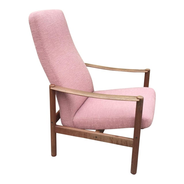 Vintage Mid-Century Modern Reclining Danish Style Chair For Sale