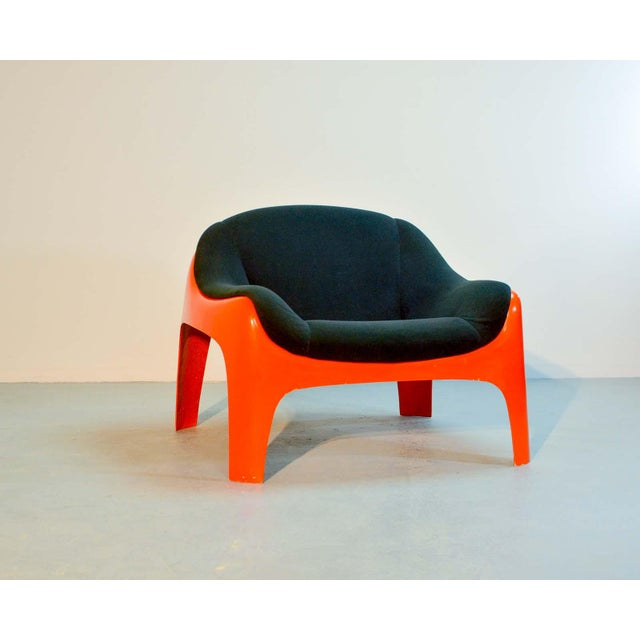 Iconic Mid -Century Design Italian Fiberglass Lounge Chair by Sergio Mazza for Artemide, 1960s For Sale - Image 11 of 11
