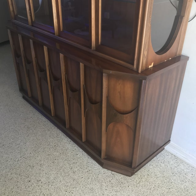 1960s Brutalist Kent Coffey Perspecta Credenza and Hutch For Sale - Image 9 of 12