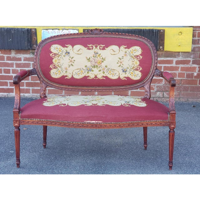 1950s French Louis XV Style Needlepoint Living Room Settee For Sale - Image 10 of 10