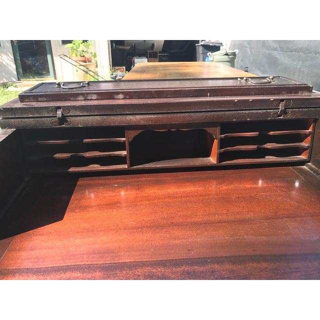 Ribbon Mahogany Colonial Secretary Dresser - Image 7 of 7