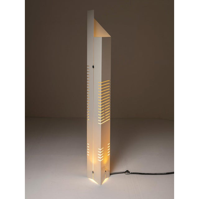 "White ""Personaggi"" Floor Lamp by Carmellini and Tronconi For Sale - Image 8 of 8"