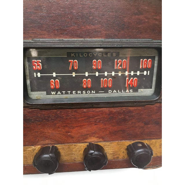 Brown 1940s Vintage Watterson Mid-Century Wood Radio/Short Wave For Sale - Image 8 of 10