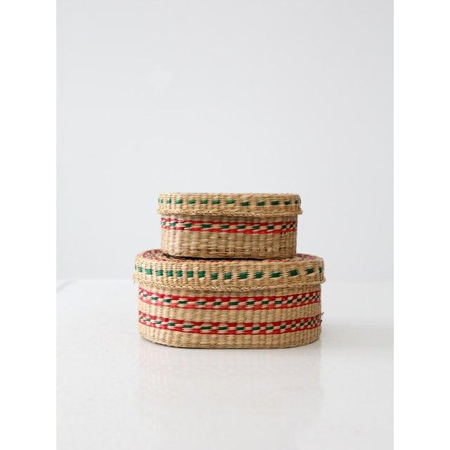 Natural Fiber Vintage Sweetgrass Baskets - a Pair For Sale - Image 7 of 8