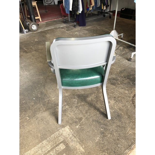Mid-Century Modern Steelcase Mid Century Industrial Chair For Sale - Image 3 of 5