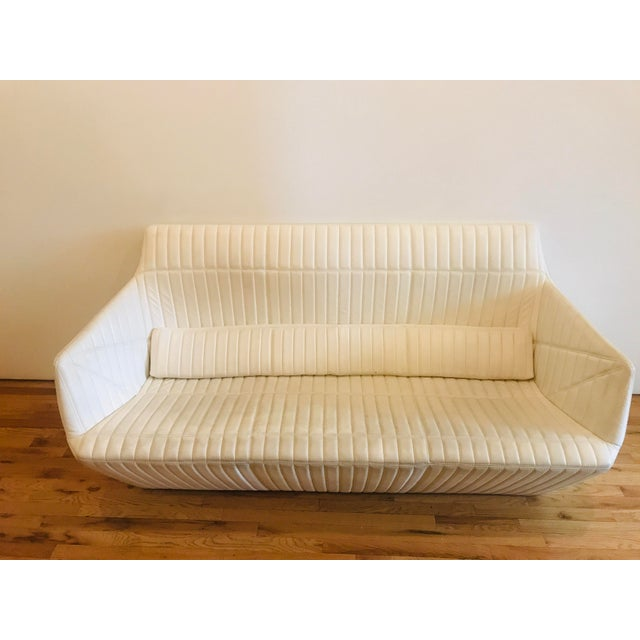 Beautiful minimalist sofa from luxury brand Ligne Roset in wonderful condition. Very easy to clean, and maintain. Since...