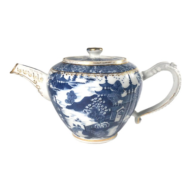 """Late 18th Century English Georgian Period Caughley """"Blue Willow Nankin"""" Teapot or Punch Pot For Sale"""
