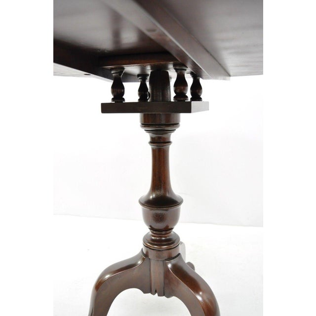 Early 20th Century 20th Century Queen Anne Style Tripod Mahogany Tilt Top Occasional Table For Sale - Image 5 of 11