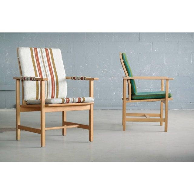 Danish Modern Pair of Børge Mogensen Model 2257, Oak Lounge Chair for Fredericia Stolefabrik For Sale - Image 3 of 10