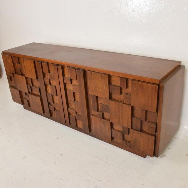 Mid-Century Modern Brutalist Patchwork Walnut Tiles Dresser by Lane For Sale In San Diego - Image 6 of 10