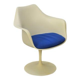 Knoll Mid Century Modern Saarinen Tulip Arm Chair w/ Blue Cushion