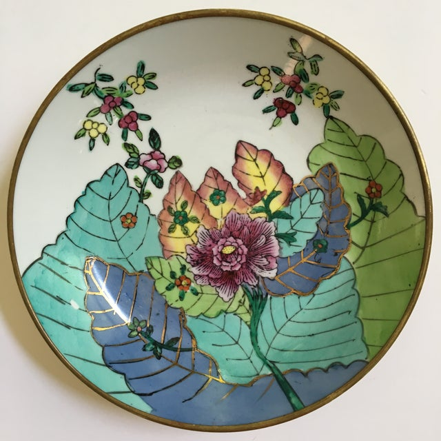 20th Century Chinese Brass Encased Porcelain Bowl/Catchall in Tobacco Leaf Pattern For Sale - Image 6 of 9