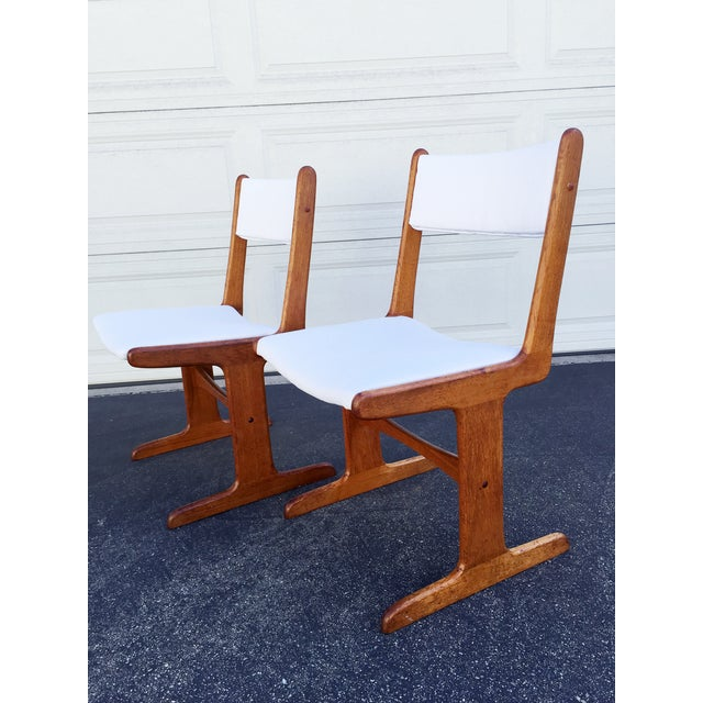 Mid-Century Danish T-Base Chairs - A Pair - Image 5 of 7