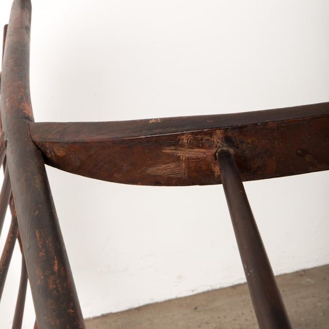 Early 19th Century Windsor Rocking Chair For Sale In New York - Image 6 of 13