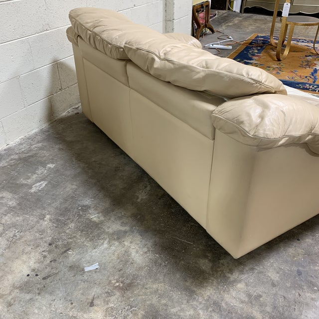 1980s Post Modern Italian Leather Love Seat For Sale - Image 5 of 11