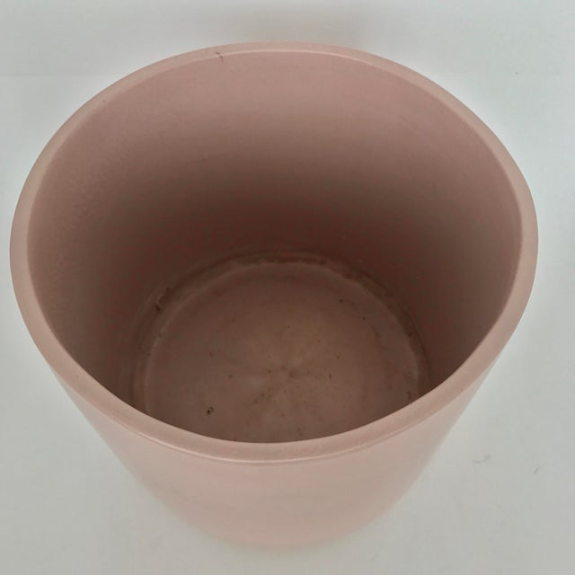 Gainey Pottery Vintage Modern Pink Gainey Planter For Sale - Image 4 of 7