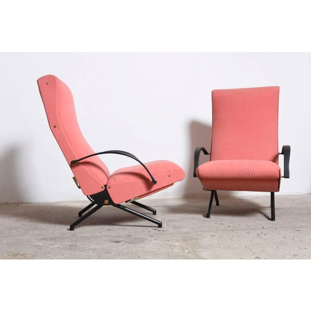 Mid-Century Modern Set Osvaldo Borsani, P40 Lounge Chairs for Tecno For Sale - Image 3 of 11